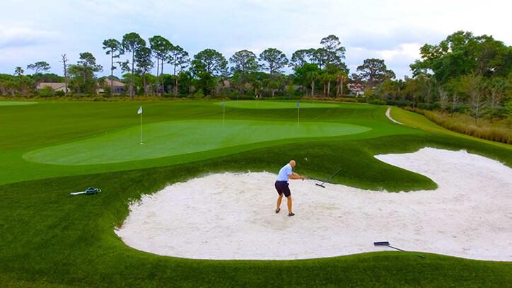 College of Golf - Golf Green